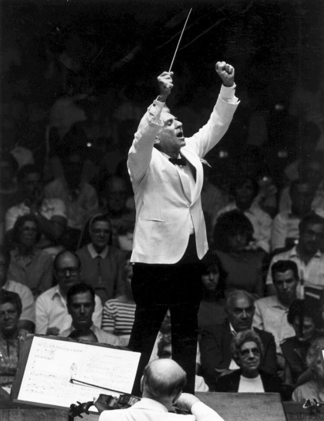 Bernstein dirigeant le New York Philharmonic, Cleveland, 1986 © Library of Congress