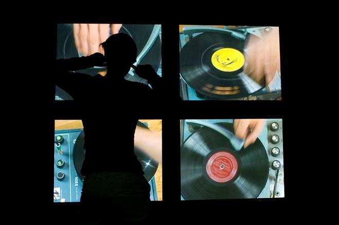 Vue de l'expositionChristian Marclay : Replay © Cité de la musique - Matthias Abhervé