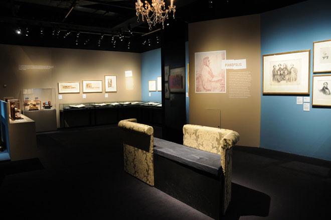 Vue de l'exposition Chopin à Paris, l'atelier du compositeur  © Léonie Young - Cité de la musique