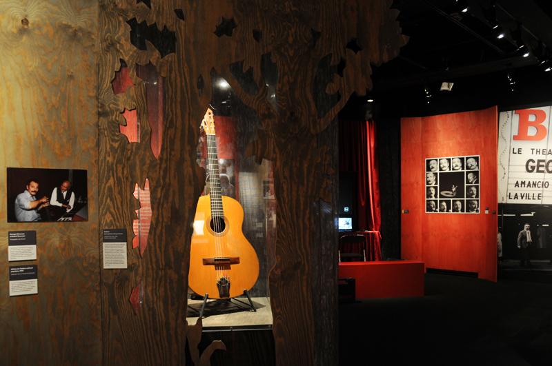Vue de l'exposition Brassens ou la liberté - introduction  © Léonie Young - Cité de la musique