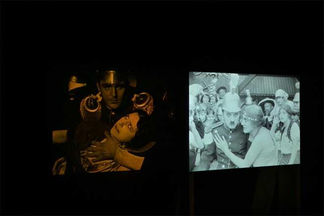 Vue de l'exposition Charlie Chaplin : Music-Hall a cinéma. Photo : Gil Lefauconnier - Cité de la musique - Philharmonie de Paris.