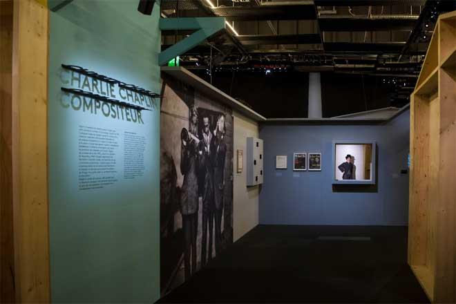 Vue de l'exposition Charlie Chaplin. Photo : Nora Houguenade - Cité de la musique - Philharmonie de Paris.