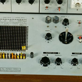 Histoire instrument : le synthétiseur