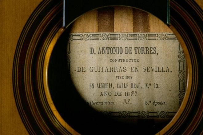 Guitare Antonio de Torres, 1882, Séville © Cité de la musique, Jean-Marc Anglès