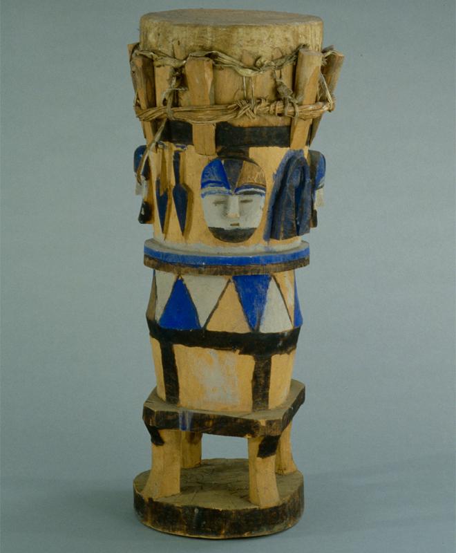 Tambour sur fût, anonyme, E.998.6.2, © Cité de la musique - Musée de la musique, Jean-Marc Angles