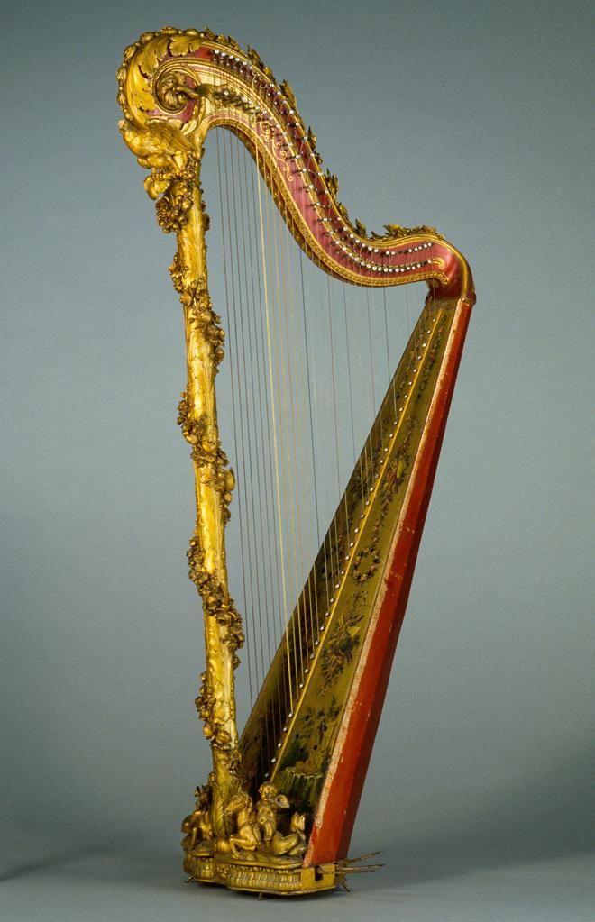 Harpe, Jean-Henri Naderman, Paris, 1776 (dite de Marie-Antoinette) © Cité de la musique -  Photo : Jean-Marc Anglès