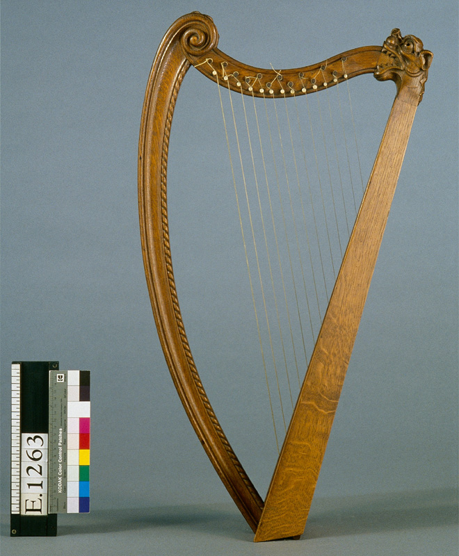 Reconstitution de harpe portative, Erard et Cie, Paris, fin XIXe siècle, E.1263 © Cité de la musique -  Photo : Jean-Marc Anglès