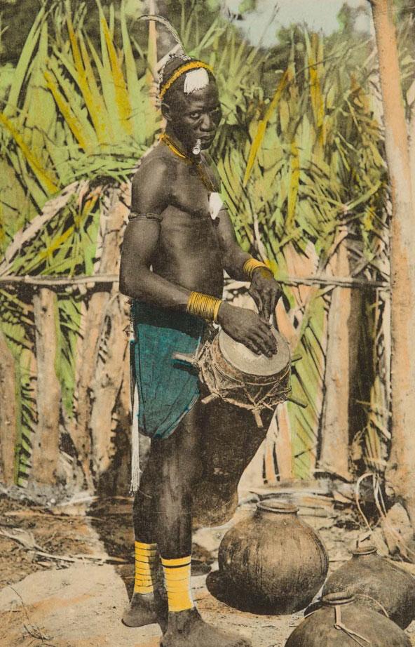 Griot diola (photographie de François-Edmond Fortier) © Museum of Fine Arts, Boston