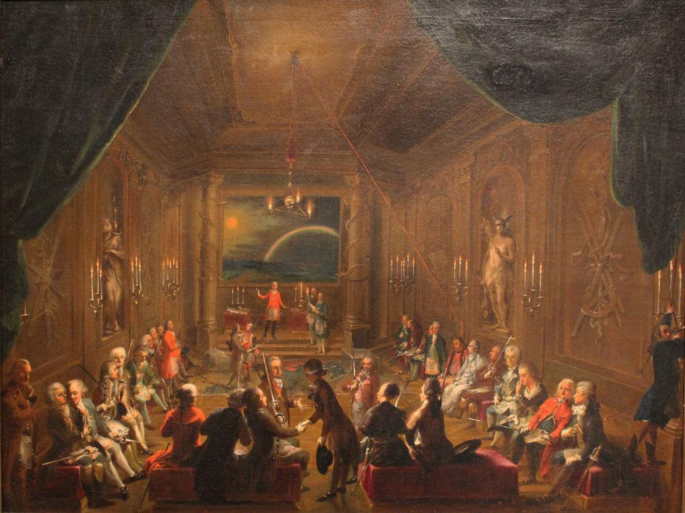 Loge maçonnique de L'espérance nouvellement couronnée (Zur Neugekrönten Hoffnung). Mozart serait représenté au premier plan à droite, une main sur le cœur. Peinture attribué à Ignaz Unterberger © Musée historique, Vienne (Autriche)