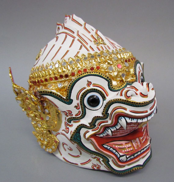 Masque khon représentant Hanuman © Ethnologisches Museum, Staatliche Museen zu Berlin