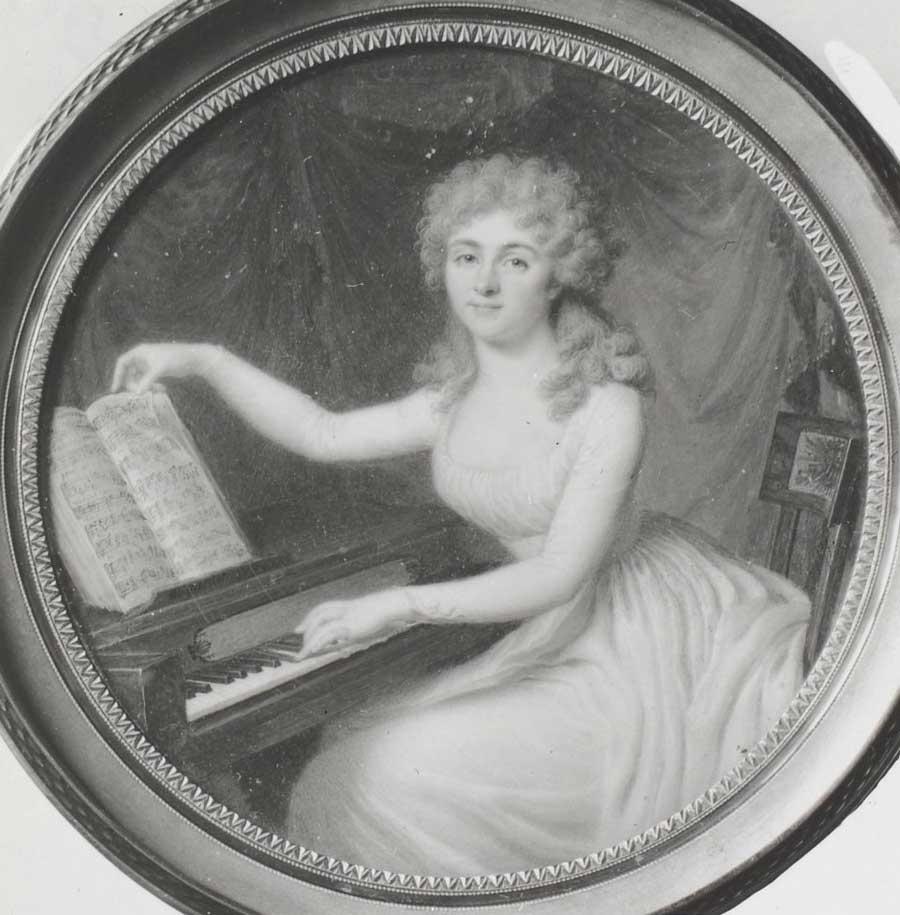 Portrait de dame jouant du piano-forte, miniature / Augustin © Gallica-BnF
