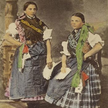 Paysannes hongroises du Comitat Nograd © Gallica - BnF