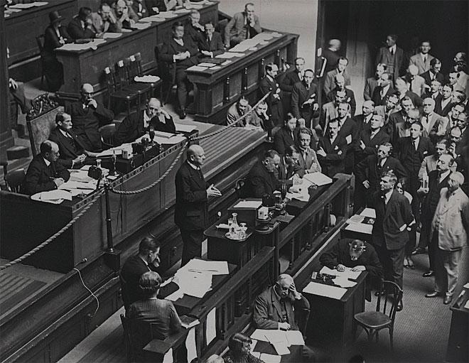 Gustav Stresemann lors de son dernier discours à la Société des Nations à Genève en 1929 © Berlinische Galerie