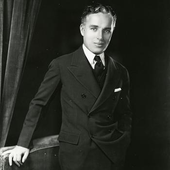 Portrait de Charlie (Charles) Chaplin  