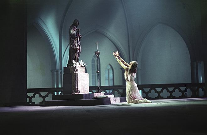 Galina Ulanova en Juliette dans le ballet de Prokofiev, Théâtre du Bolchoï, 1952. RIA Novosti archive CC BY-SA 3.0