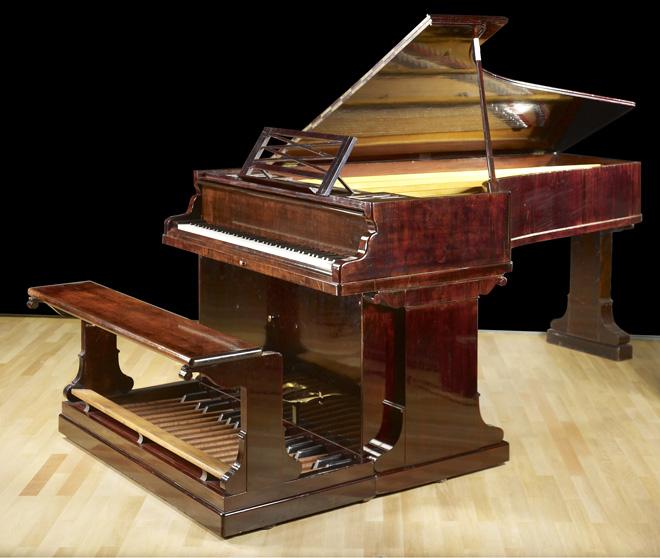 Incontournable - Piano pédalier Erard - Musée de la musique