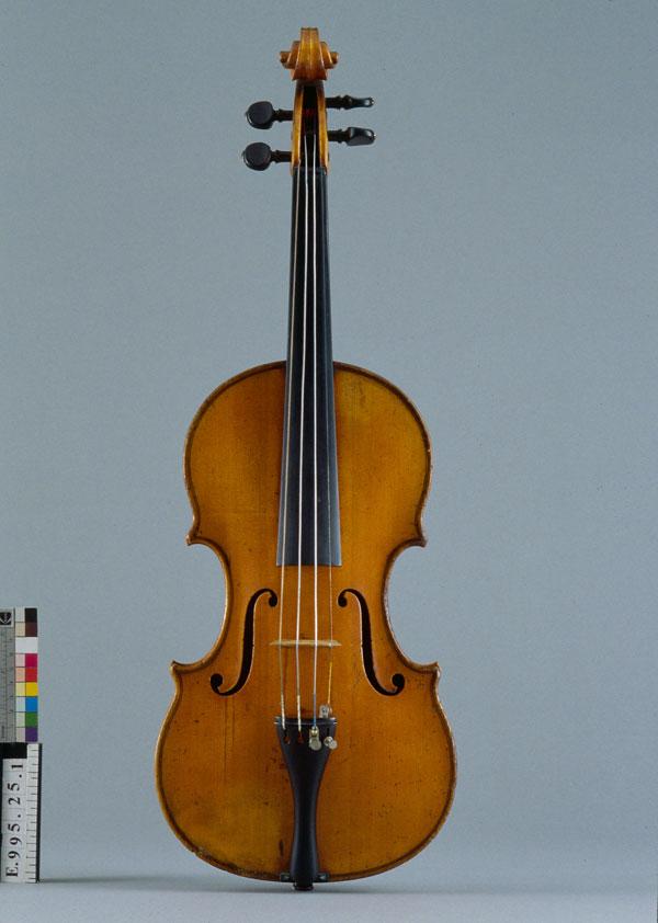 Incontournable - Violon Pierre Hel - Musée de la musique