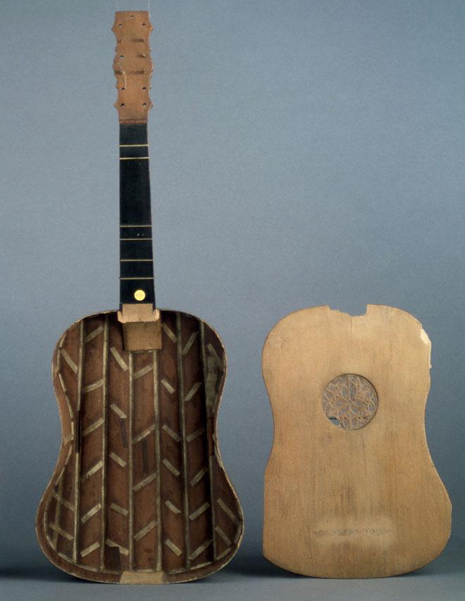 Incontournable - Vihuela de mano - Musée de la musique
