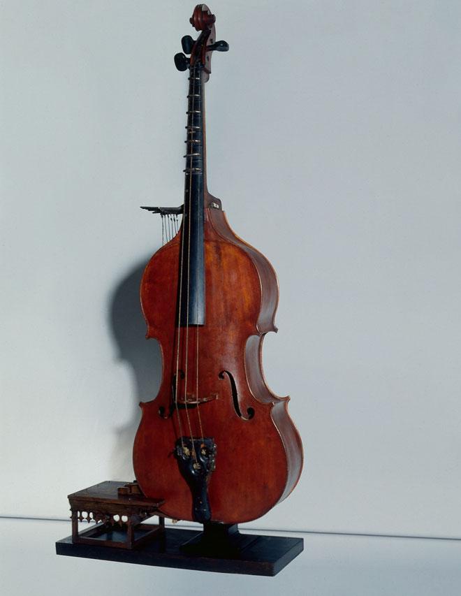 Incontournable - Octobasse Jean-Baptiste Vuillaume - Musée de la musique