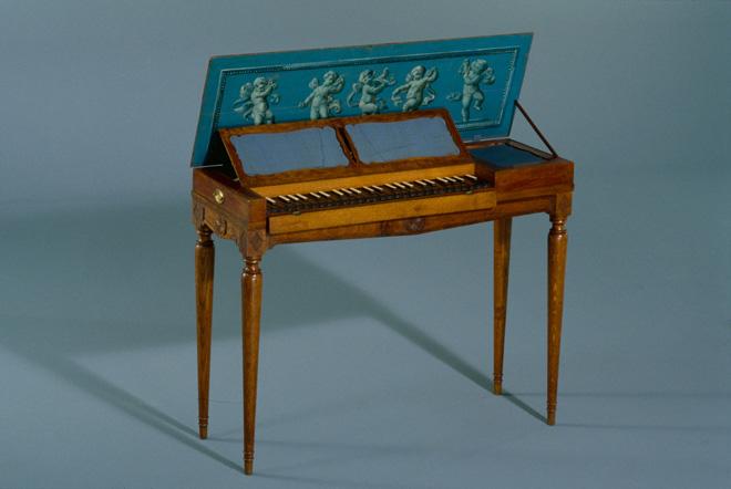 Incontournable - Clavicorde lié - Musée de la musique