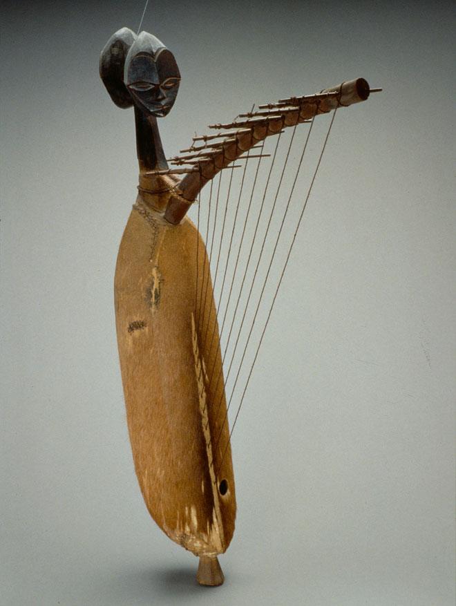 Incontournable - Harpe ngomgi - Musée de la musique