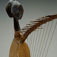 Harpe Ngomgi, exposition Harpes Afrique Centrale à Paris