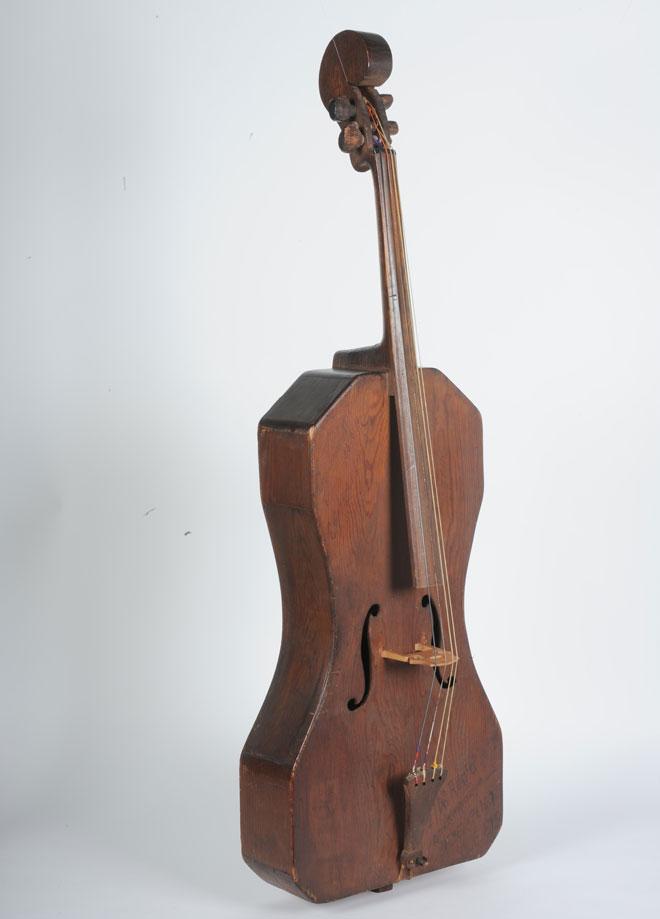"""Incontournable - Violoncelle, dit """"le poilu"""" Neyen et Plicque - Musée de la musique"""