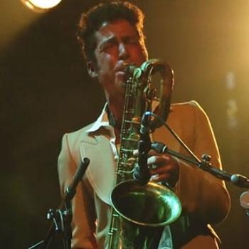 Le saxophone baryton dans le jazz: description et techniques de jeu |