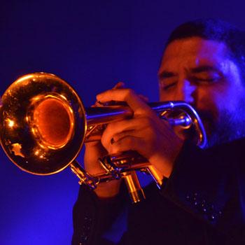 La trompette dans le jazz: lèvres, embouchure et pistons |
