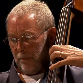 Portrait de Dave Holland |