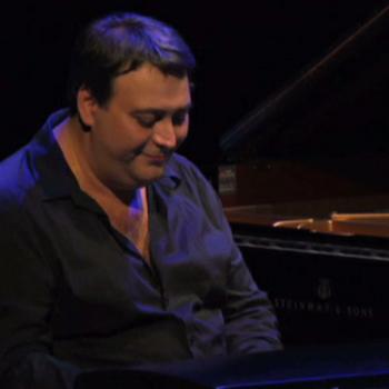 Eric Legnini, Grande Halle de la Villette le 13/09/2013 © Cité de la musique - Philharmonie de Paris