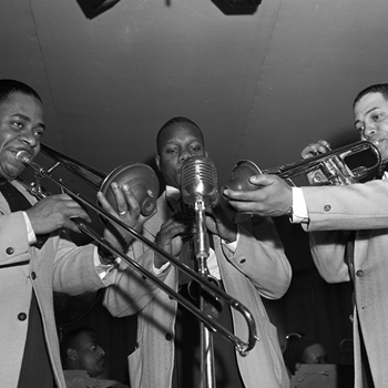 Trio de musiciens de l'orchestre de Duke Ellington, 1943. Photo : Gordon Parks. Source : Library of Congress