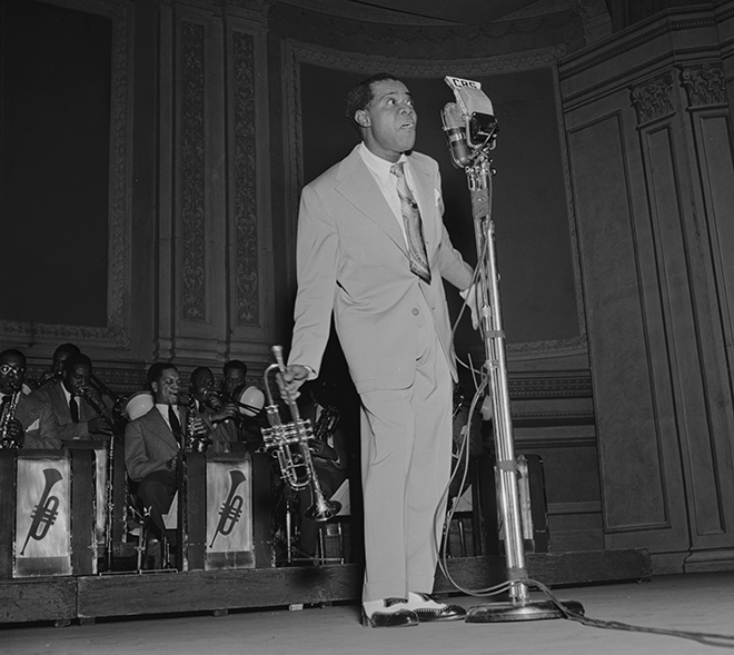 Louis Armstrong à Carnegie Hall, 1947, photo de William Gottlieb. Library of Congress