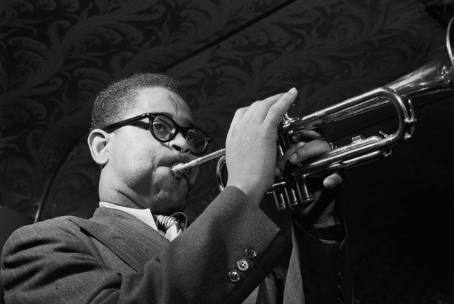 Portrait de Dizzy Gillespie. Source: William P. Gottlieb/Ira and Leonore S. Gershwin Fund Collection, Music Division, Library of Congress