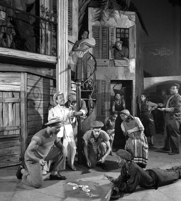 Porgy and Bess, représentation au Volksoper de Vienne, 1952, scène de jeu sur Summertime. Source: Österreichische Nationalbibliothek
