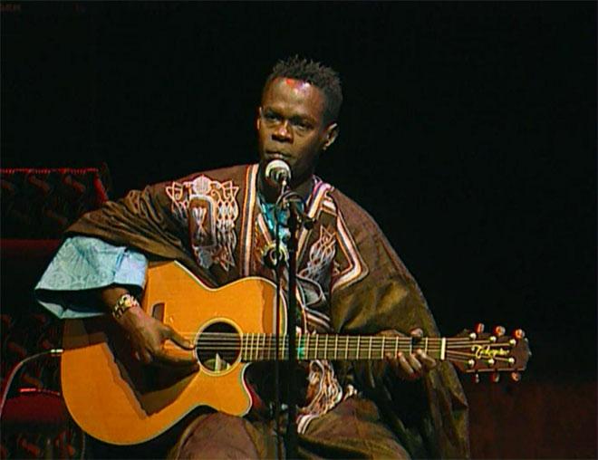 Baaba Maal, concert enregistré à la Cité de la musique le 24 janvier 2003 © Philharmonie de Paris