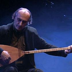 Ismail Hakki Demircioglu au saz, Cité de la musique