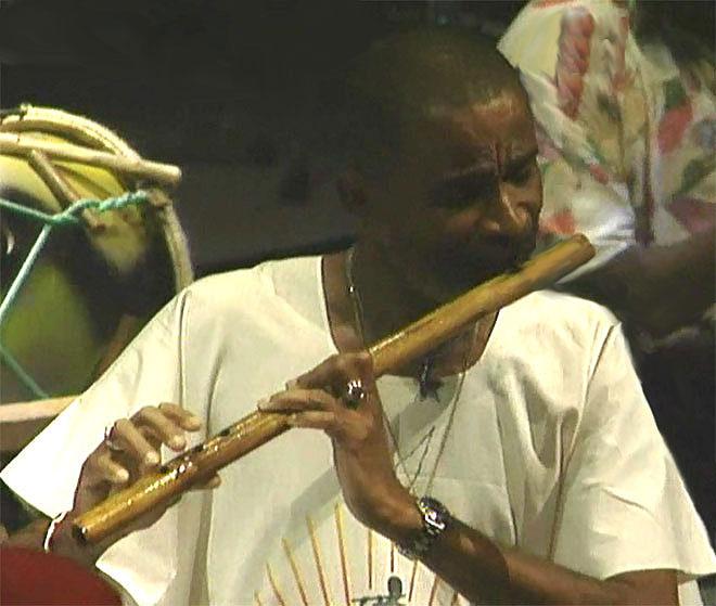 Max Cilla (flûte des Mornes), concert enregistré à la Cité de la musique le 15 juin 1996 © Philharmonie de Paris