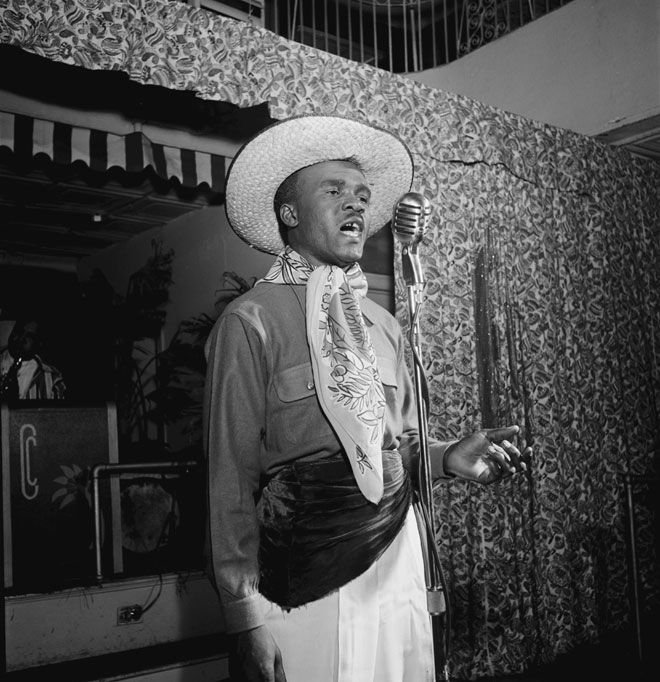 Portrait de Lord Invader, célèbre chanteur de calypso, New York, 1947, photo de William Gottlieb © Library of Congress
