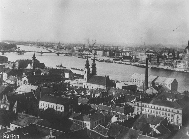 Vue de Budapest (1914), photographie de presse - Agence-Rol. Gallica-BnF