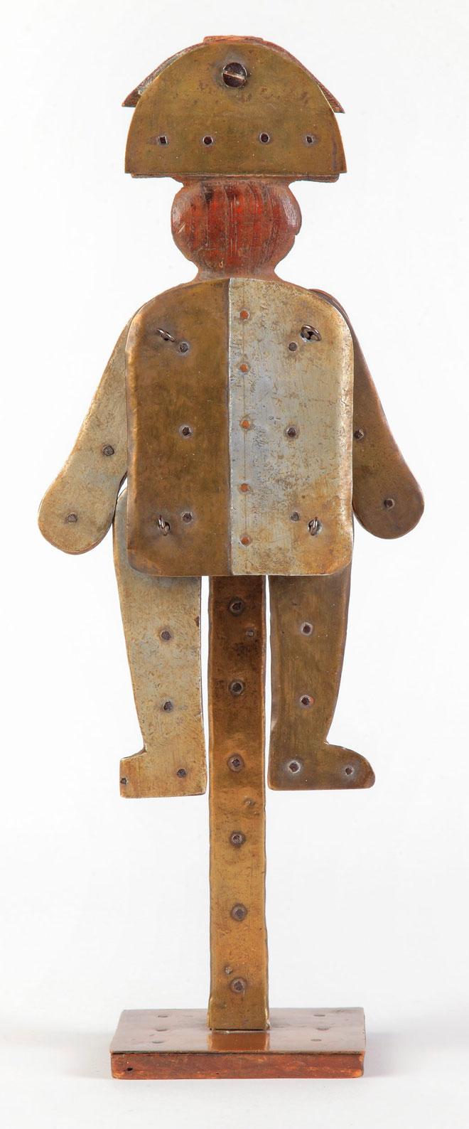 Beaujolais, objet de Mana, pantin articulé © Pauline Daniel (photo) - Philharmonie de Paris - Musée de la musique