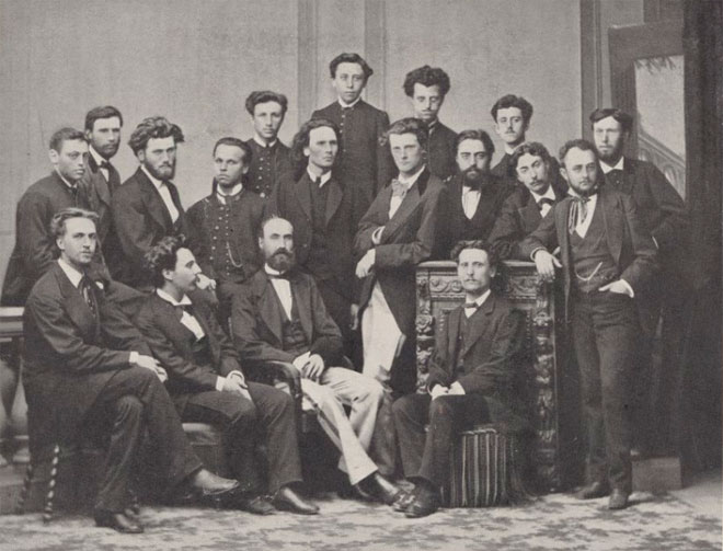 Fauré et un groupe d'enseignants et d'élève de l'école Niedermeyer © Gallica-BnF