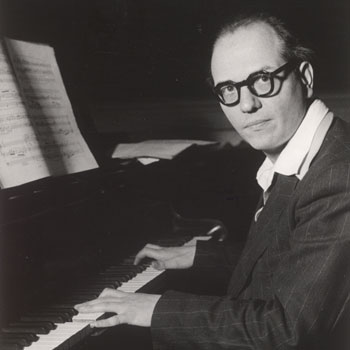 Olivier Messiaen au piano © Österreichische Nationalbibliothek