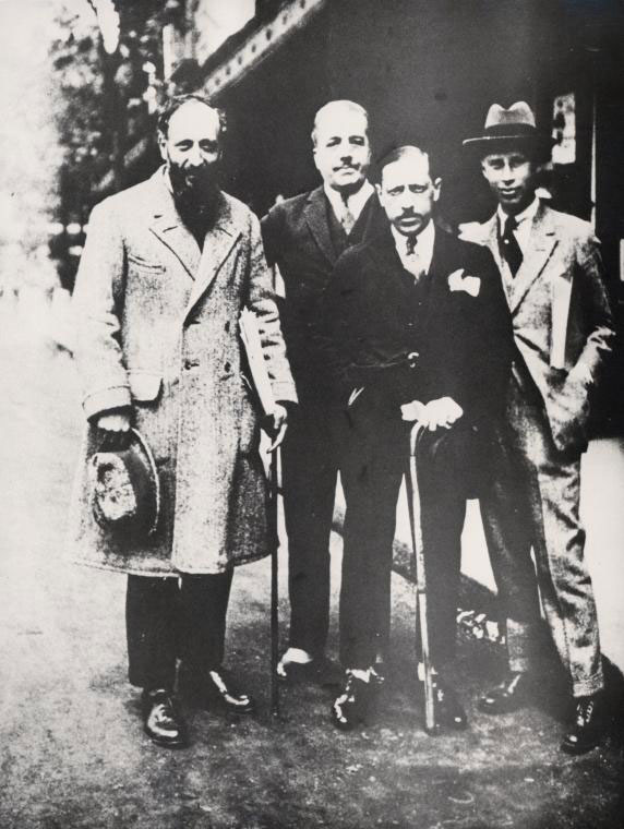 Ansermet, Diaghilev, Stravinsky et Prokofiev à droite, 1921 © NY Public Library digital collections