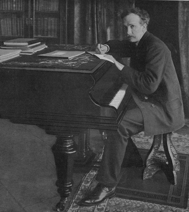 Richard Strauss devant son bureau à Garmisch
