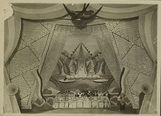 Décor pour Les Mariés de la tour Eiffel © NY Public Library, digital collections