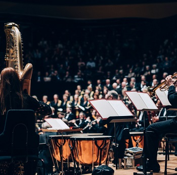 GEWANDHAUSORCHESTER LEIPZIG / BLOMSTEDT Wiener Singverein - Brahms - Un requiem allemand