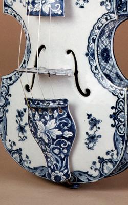 VIOLON DE FAÏENCE - Musée de la musique