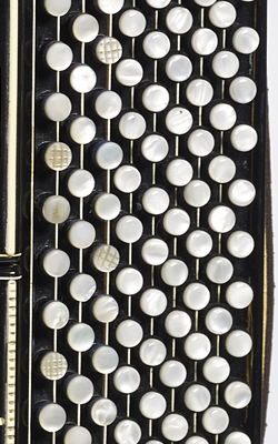 ACCORDÉON - Musée de la musique