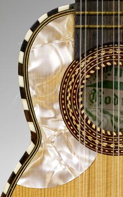 LUTH CHARANGO - Musée de la musique